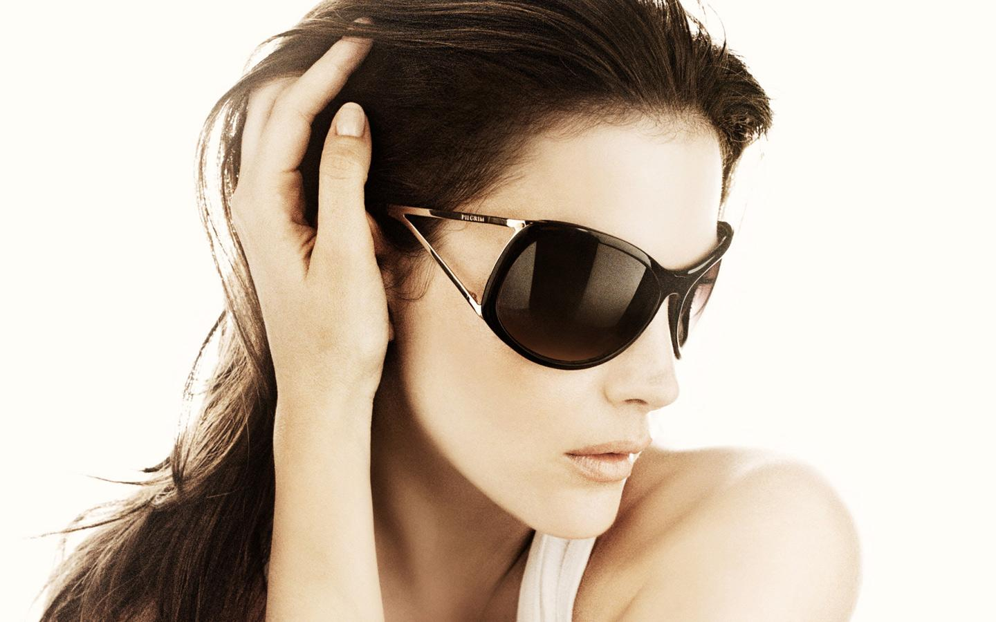 Best Sunglasses For Oval Faces Style Wile
