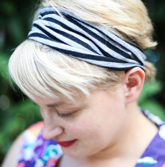 How to Make a Headband with an Infinity Scarf