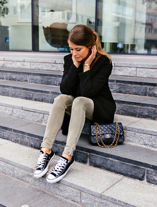 Skinny jeans to wear with converse