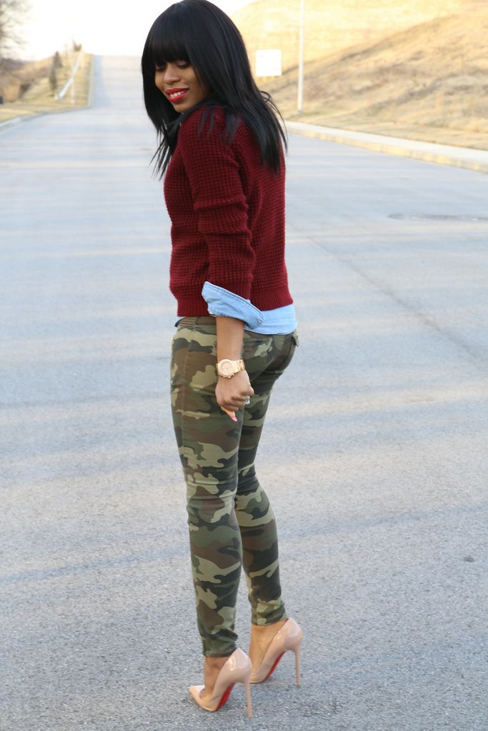 Shoes to Wear with Camo Leggings