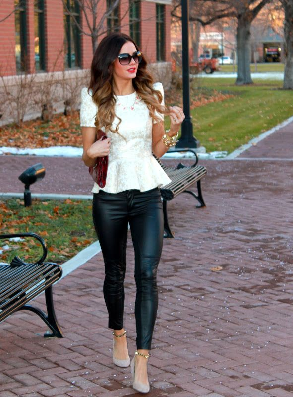 Flowy Shirts to Wear with Leggings