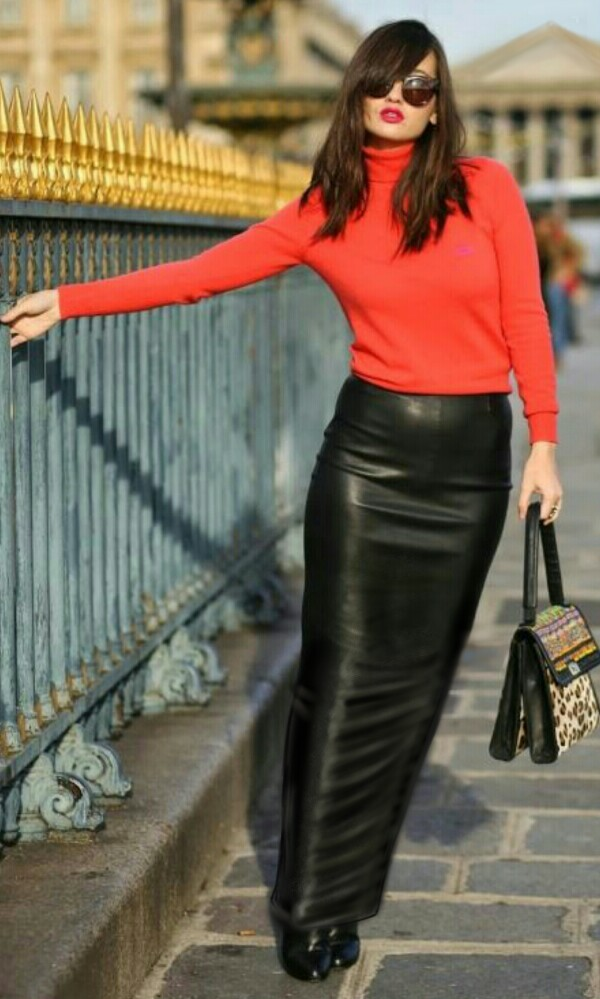 What to Wear with Black leather Skirt