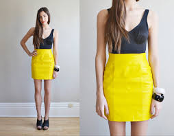 Yellow Mini Skirt Outfit