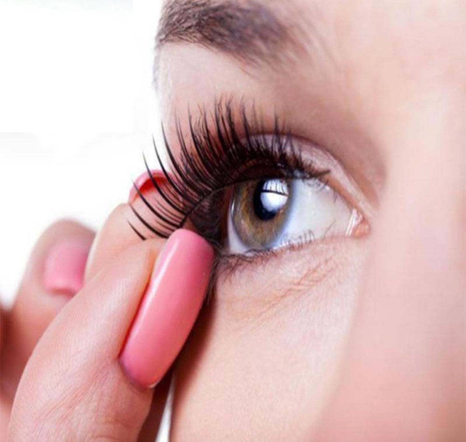 How to Apply Magnetic Eyelashes in 4 Steps   StyleWile